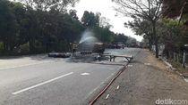 Gas CNG Muatan Truk Terguling Bocor, Polisi Panggil Ahli Gas dan PMK