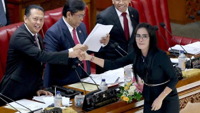 Paripurna DPR Setujui Laporan Akhir Pansus Pelindo II