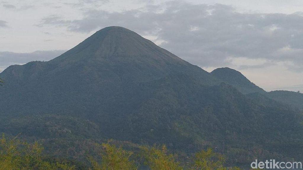 Gunung Penanggungan Jadi Favorit Buat 17-an, Cuma Segini Ongkosnya
