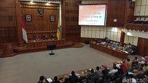 Koster Sebut Pergub Pembatasan Kantong Plastik Ide Mega untuk Percantik Bali