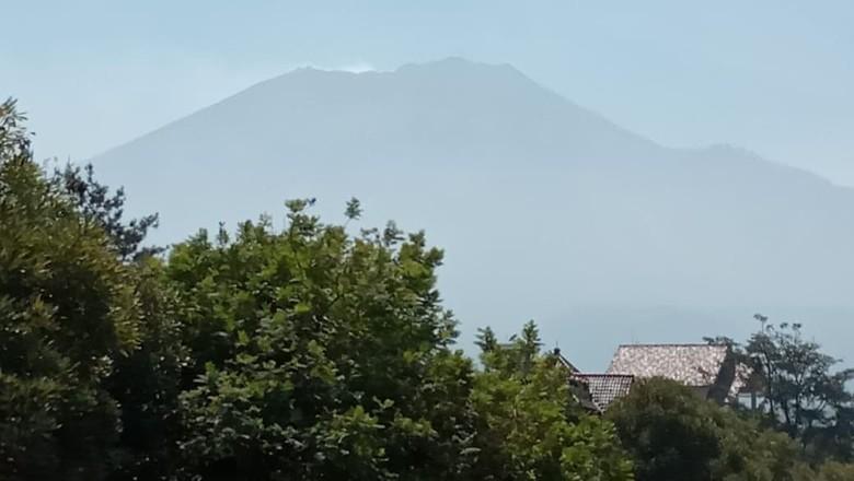 Hutan di Gunung Arjuno Terbakar, Masih Ada 8 Pendaki yang Belum Turun