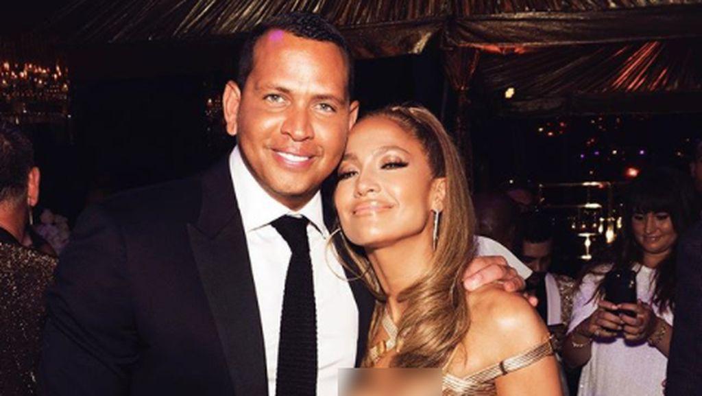Jennifer Lopez Rayakan Ultah Anak Tiri, Tamu Beri Ucapan dari Mobil