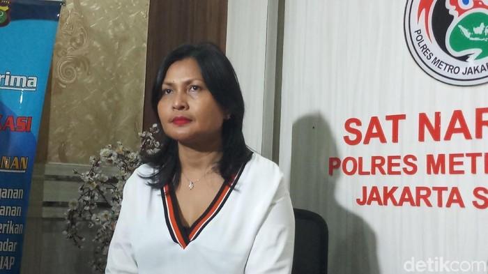 Kasat Narkoba Polres Metro Jakarta Selatan Kompol Vivick Tjangkung
