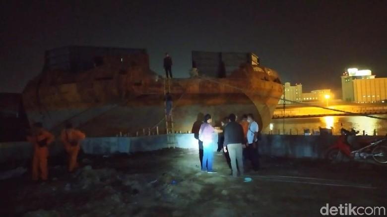 4 Orang Tewas Saat Perbaiki Kapal Tongkang di Pelabuhan Semarang
