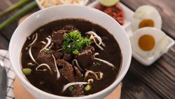 Resep dan Bumbu Rawon Daging Sapi Enak dari Jawa Timur