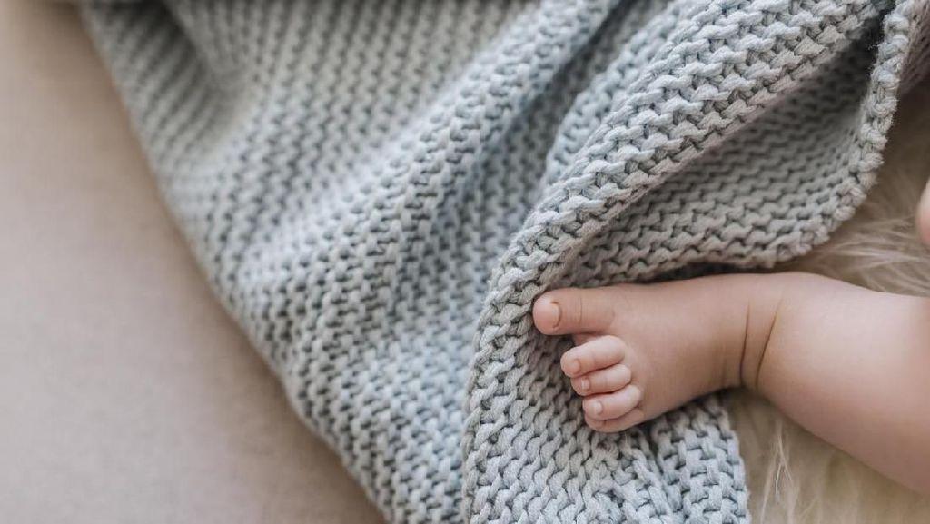 Hendak Jual Bayinya Rp 199 Ribu, Wanita India Ditangkap Polisi