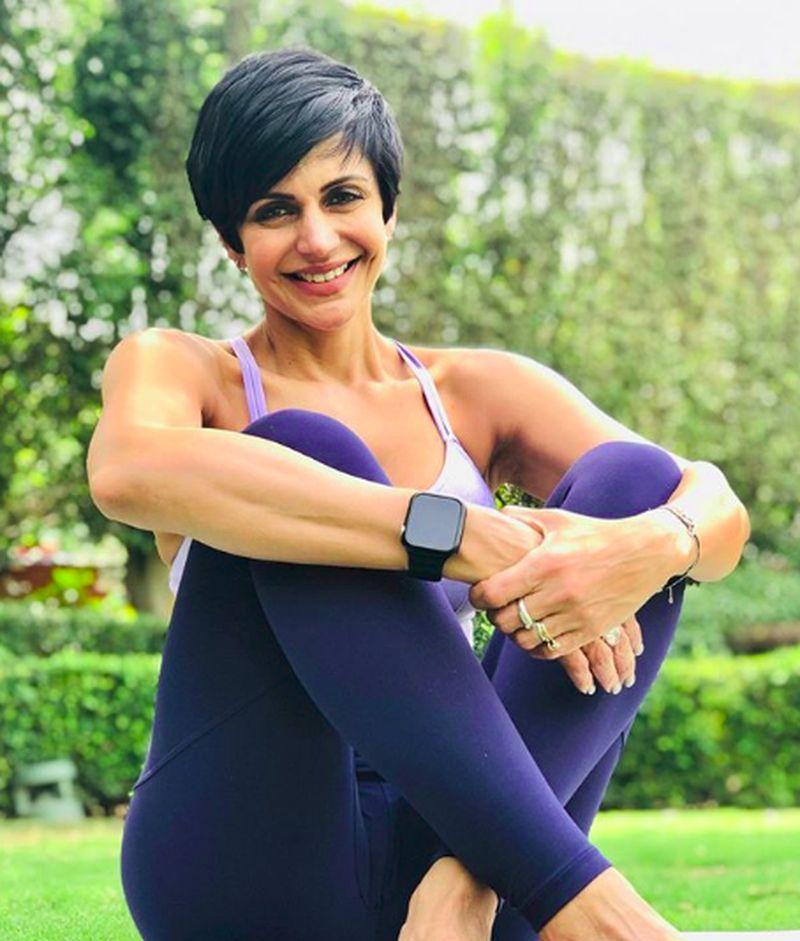 Walau berusia hampir 50 tahun, artis Bollywood Mandira Bedi tetap menjaga penampilannya. Dia suka olahraga dan juga liburan. (mandirabedi/Instagram)