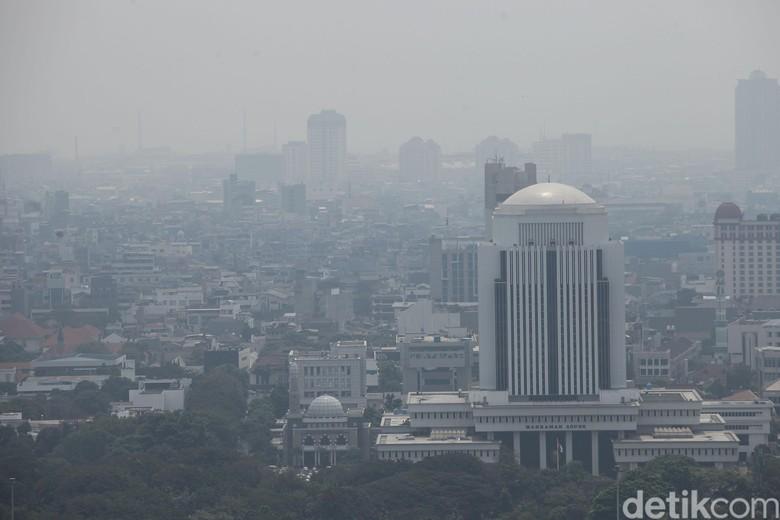 Tak Puas Ingub Anies, Greenpeace Minta DKI Punya Alat Ukur Kualitas Udara