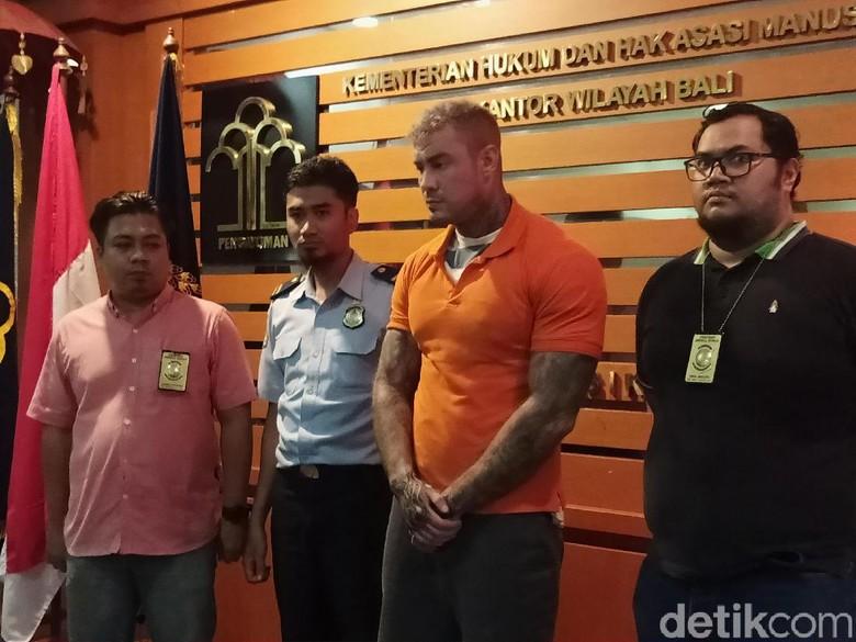 Overstay 151 Hari, Model Kontroversial Inggris Ditahan Imigrasi Bali 14 Hari