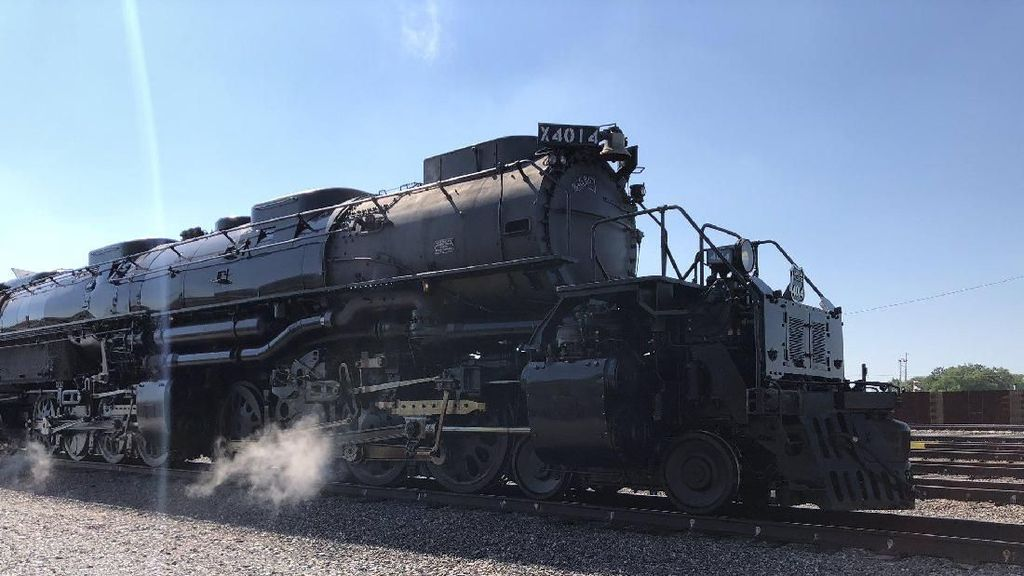 Kereta Uap Terbesar Dunia yang Bangkit dari Mati Suri