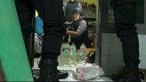 Warung Miras Langganan Nelayan Probolinggo Digerebek Polisi
