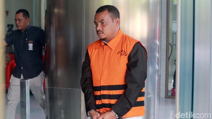 Abu Bakar ketika menjalani pemeriksaan di KPK. (Ari Saputra/detikcom)