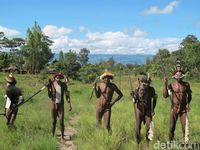 Suku Dani yang mendiami Wamena