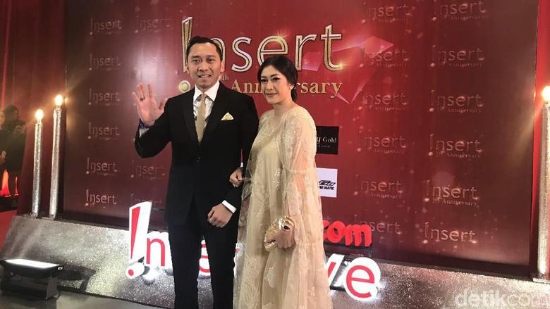 Foto: Ibas Yudhoyono dan istri / Hanif H