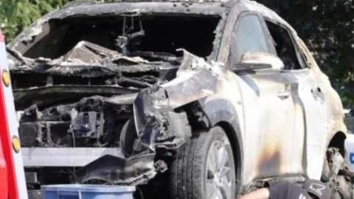 Hyundai Kona terbakar