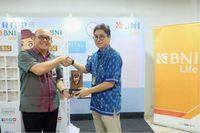 BNI Life Sediakan 100 Unit Charging Station di 50 RS Rekanan
