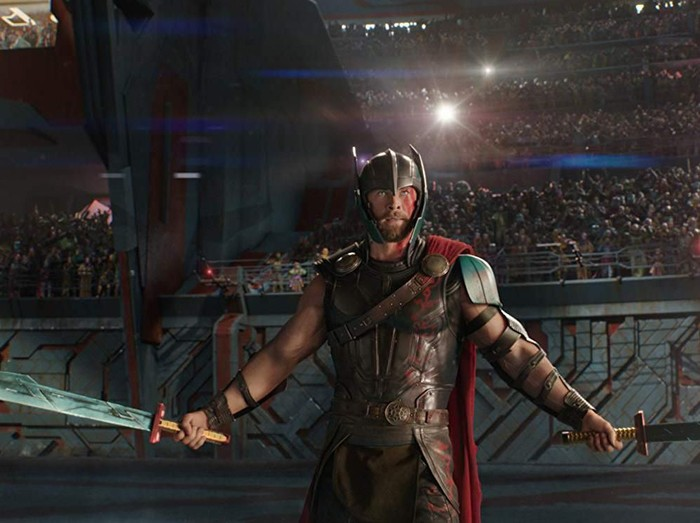 Screenshoot adegan film Thor: Ragnarok.