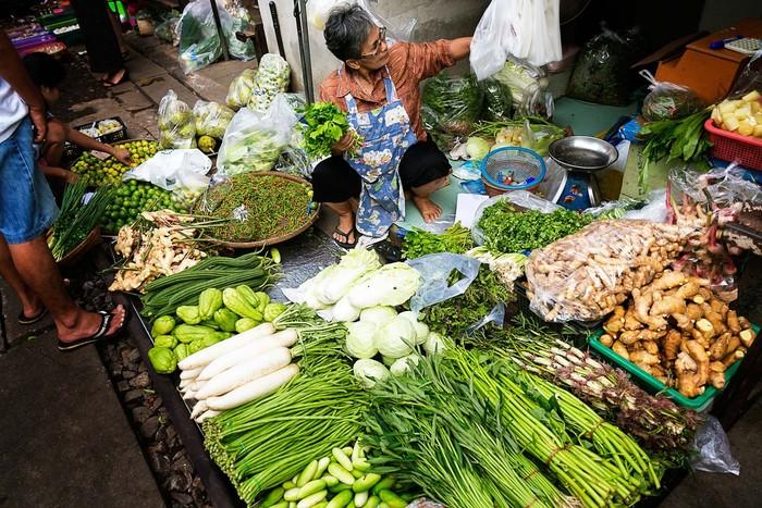 Pasar Tradisional Mae Klong Thailand