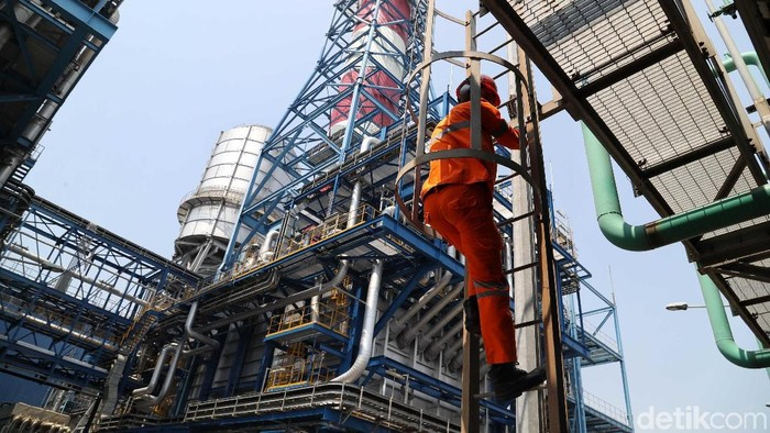 PLTGU Muara Karang, Jakarta Utara, merupakan salah satu pembangkit listrik ramah lingkungan.