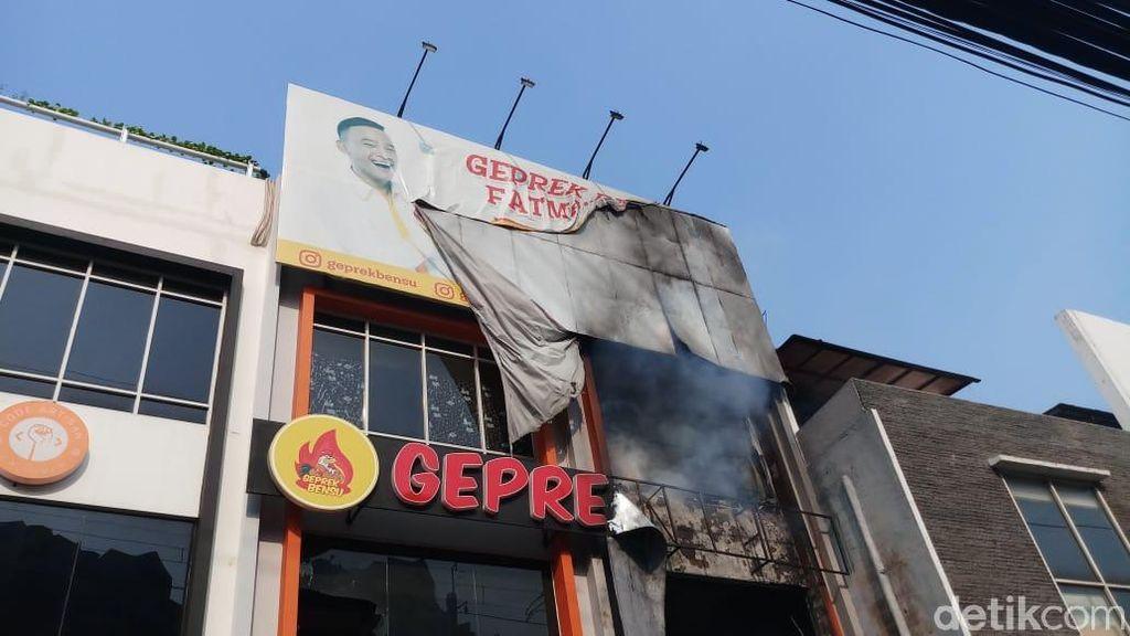 Kebakaran Geprek Bensu Fatmawati Padam, Tak Ada Korban