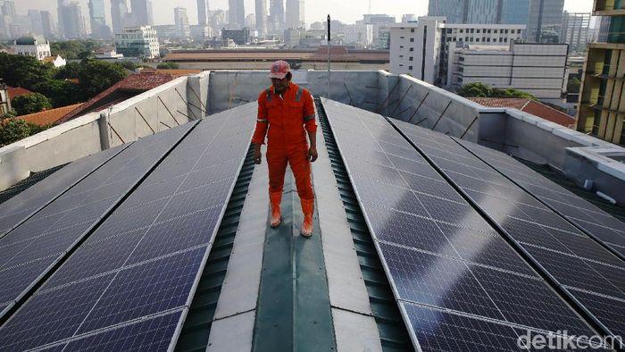 Ilustrasi Energi tenaga matahari/Foto: Grandyos Zafna