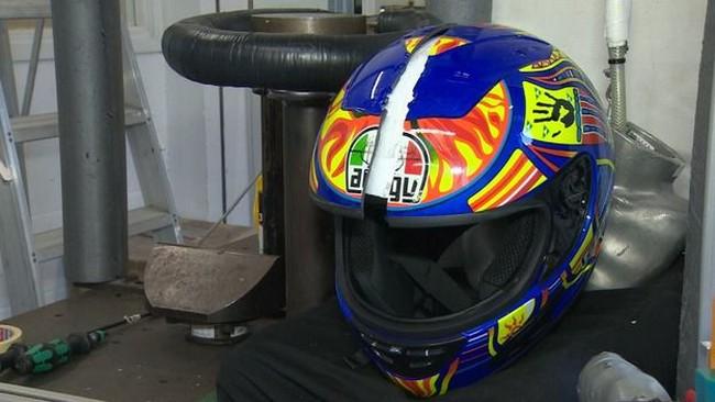 Berita Populer: Helm Palsu Rossi dari RI? Ferrari Digilas Buldoser