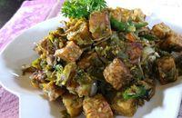 Resep masakan rumahan: oseng tempe dan teri cabai hijau.