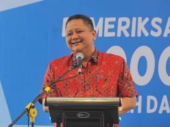 Wakil Wali Kota Surabaya Whisnu Sakti Buana menyampaikan, pemkot berencana membangun moda transportasi subway. Perencanaan itu dilakukan setelah usulan transportasi trem ditolak pemerintah pusat.
