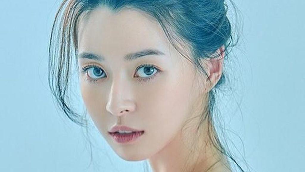 Gaya Kwon Nara, Aktris dan Penyanyi yang Diisukan Jadi Pacar Lee Jong Suk
