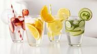 5 Ide Racikan Infused Water untuk Minuman Segar di Kantor
