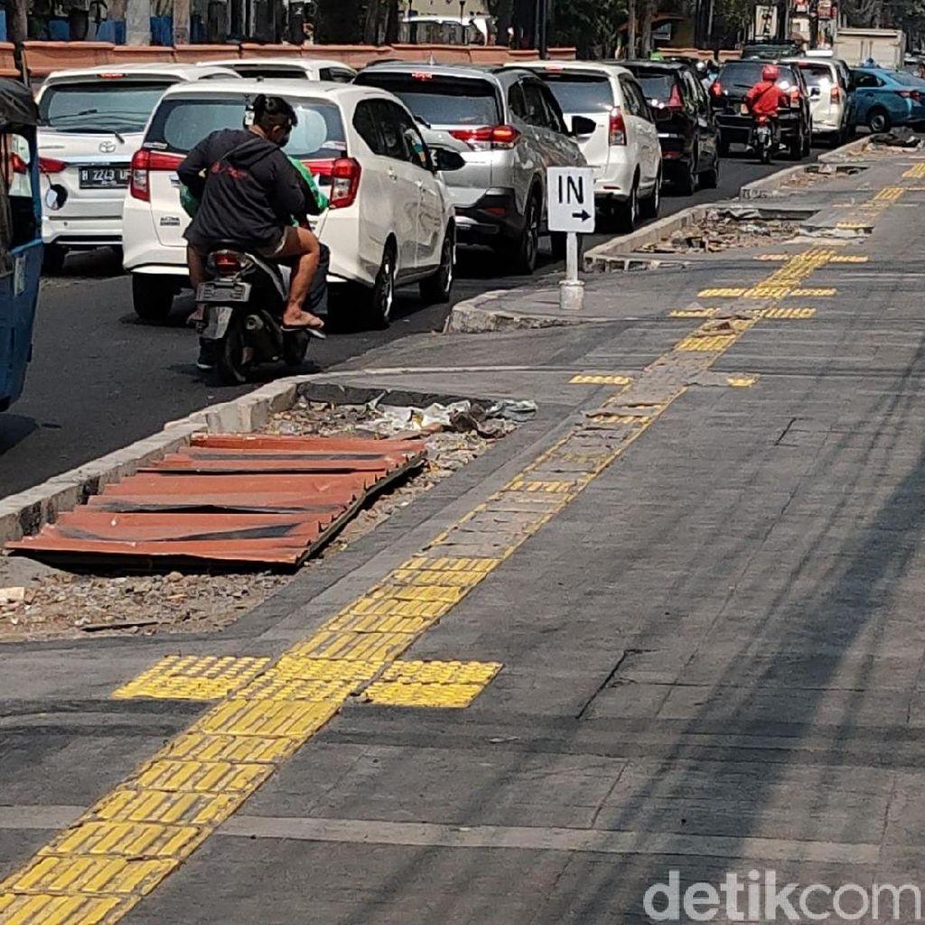 PKB Khawatir 134 Km Trotoar yang Direvitalisasi Anies Dikuasai PKL