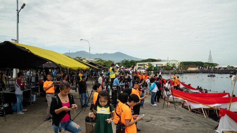 Organisasi Wanita Selam Indonesia (WASI) memecahkan Guinness World Record. Lokasinya di Pantai Manado, kawasan Megamas, Manado (dok WASI)