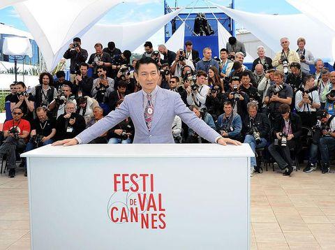 Tak Pernah Muncul di Red Carpet, Ini Sosok Istri Andy Lau yang Misterius