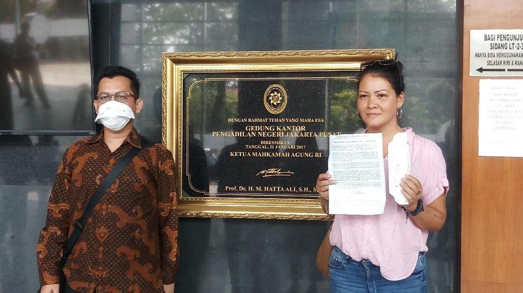 Gugat Polusi Udara DKI, Melanie Subono: Bukan untuk Serang Gubernur