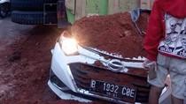 Polisi Dalami Dugaan Truk Timpa Mobil di Karawaci Mengalami Overload