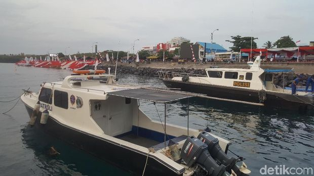 Diver Cilik Ikut Aksi Guinness Record di Manado