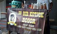 Di Jalan Suryakencana, Bogor Bisa Jajan Cungkring hingga Soto Kuning