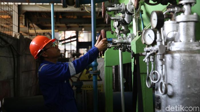 Melihat Uji Coba Pembangkit Listrik Tenaga Sampah/Foto: Agung Pambudhy