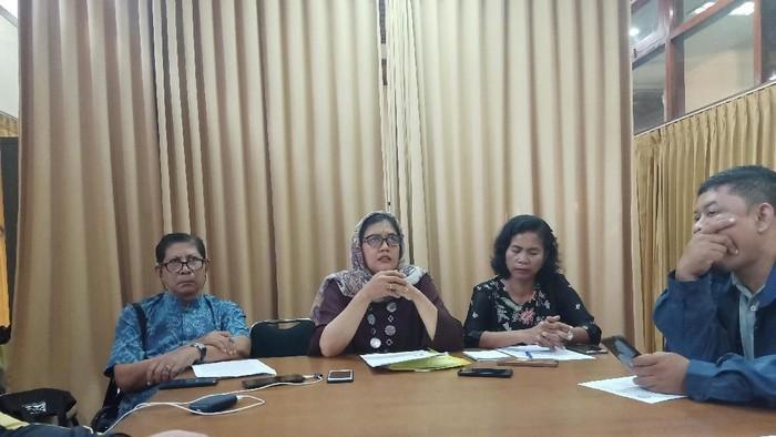 Konferensi pers LPA Bali terkait penganiayaan PT (11). (Aditya Mardiastuti/detikcom)