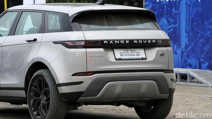 PT Wahana Auto Ekamarga (WAE), Authorized Distributor Jaguar Land Rover di Indonesia hari ini meluncurkan All-New Range Rover Evoque di GBK, Jakarta. Jumat (2/8/2019). Evoque yang dikenalkan kali ini merupakan generasi baru dengan dibekali berbagai keunggulan teknologi demi kebutuhan konsumennya.