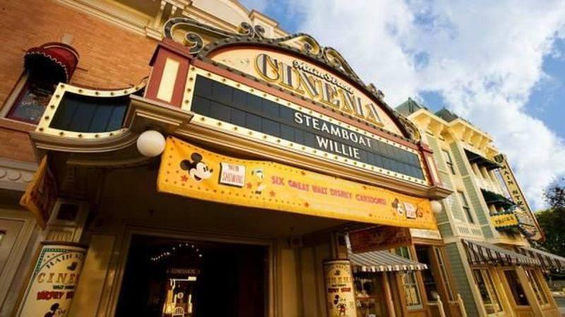 Inilah bioskop Main Street Cinema di Disneyland, Anaheim, Amerika Serikat. Bioskop ini sudah ada sejak tahun 1955 dan termasuk wahana tertua di Disneyland. (Disney)