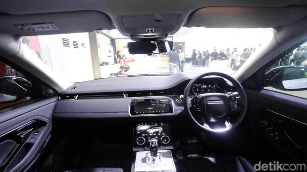 Interior mobil Range Rover Evoque