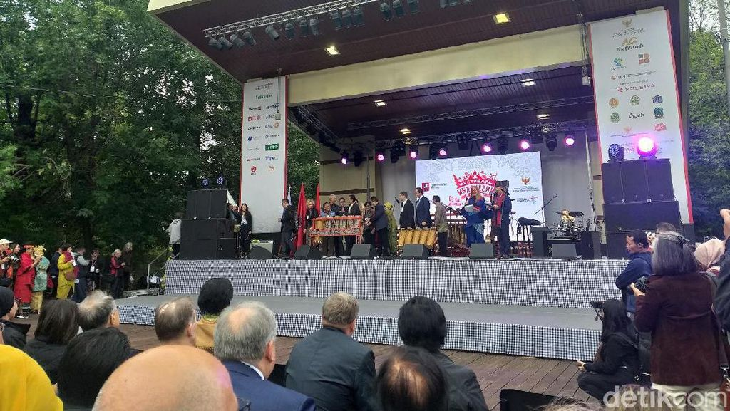 Ganjar hingga Mahfud MD Hadiri Pembukaan Festival Indonesia di Moskow