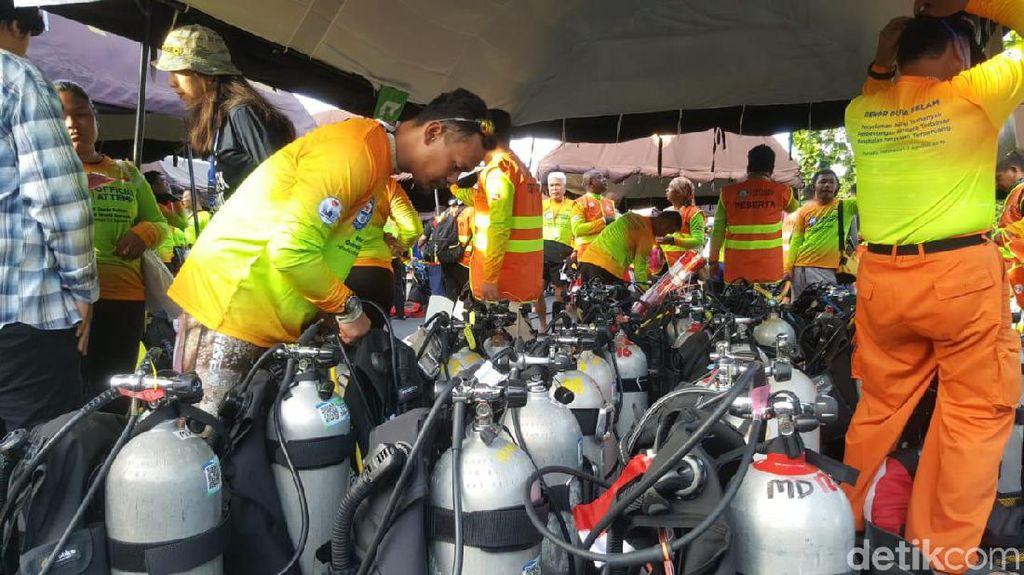 Foto: Persiapan Ribuan Diver Pecahkan Rekor Dunia di Manado
