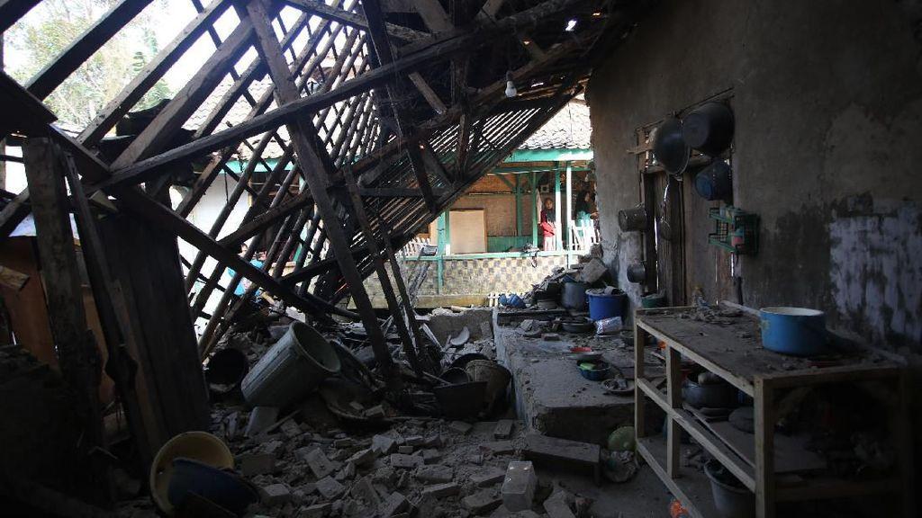 Data BNPB: 471 Rumah dan 13 Masjid Rusak Terdampak Gempa Banten