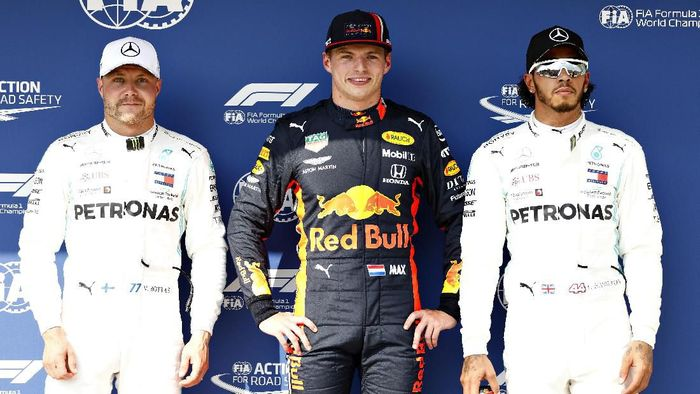 Max Verstappen mengungguli duo Mercedes di kualifikasi GP Hongaria. (Foto: Will Taylor-Medhurst/Getty Images)
