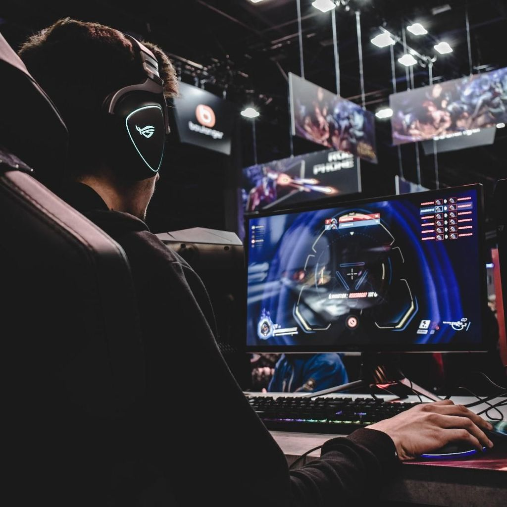 Sesmenpora: eSports Tidak Senegatif yang Dibayangkan