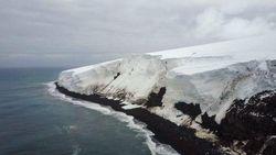 Kasian Deh, Pulau Ini Kesepian di Ujung Bumi