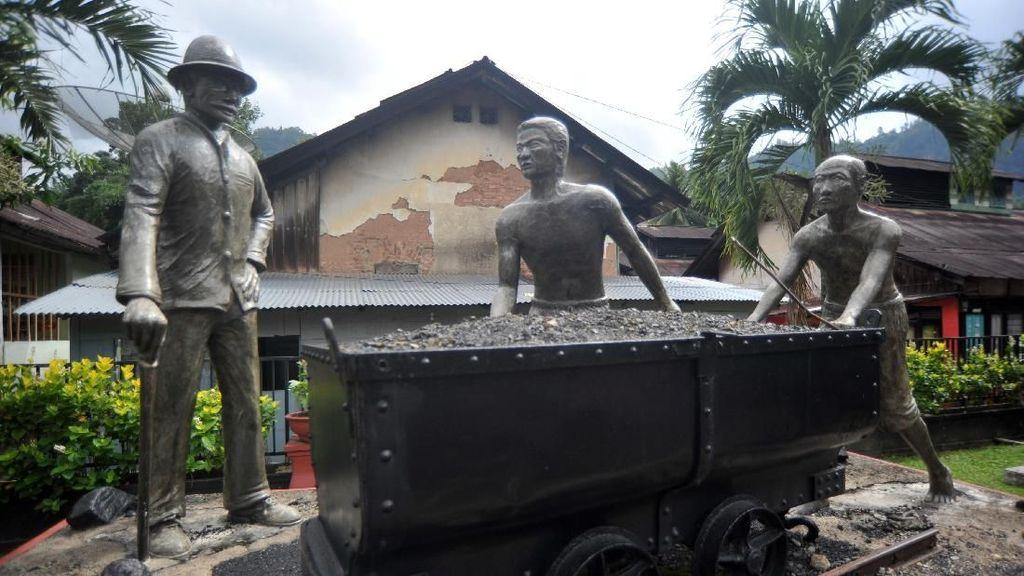 Melacak Jejak Sejarah di Kota Penghasil Batu Bara