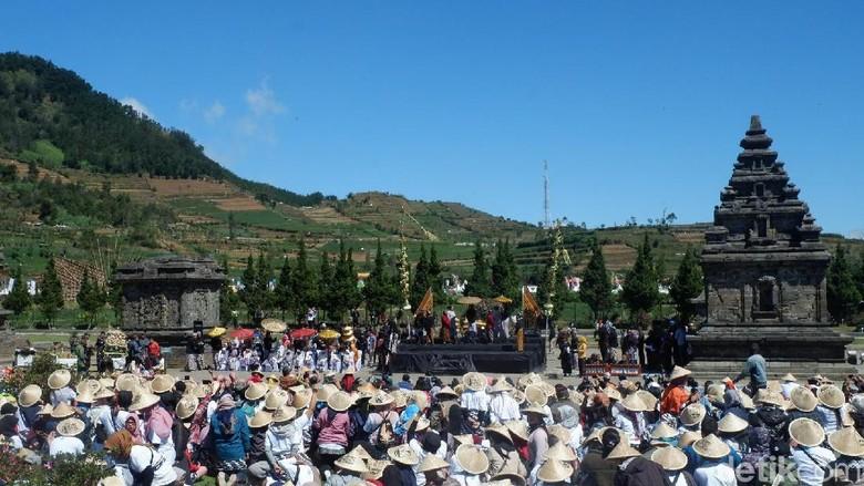 Ilustrasi event Dieng Culture Festival (Uje Hartono/detikcom)